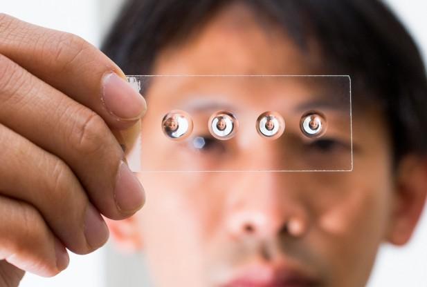 droplet-lenses-on-a-slide-617x416