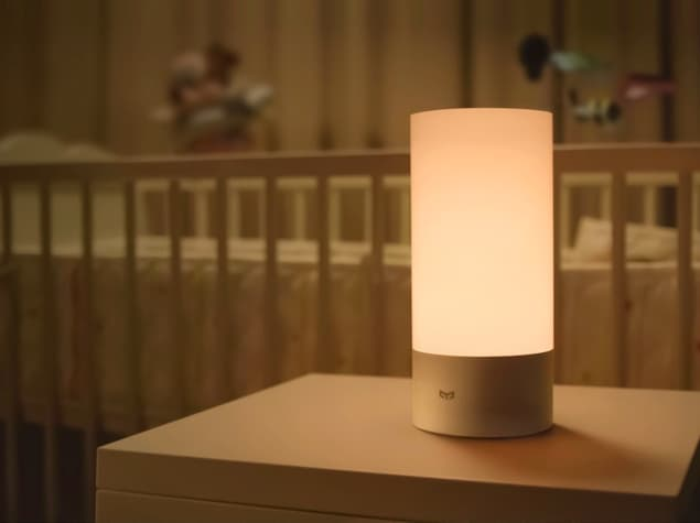 Xiaomi-introduces-Wi-Fi-router-Bedside-Lamp-and-Air-Condtioner-3