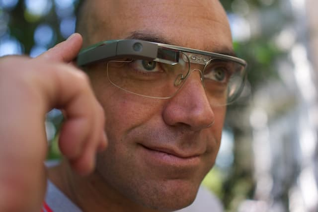 Google-Glass-Video-Recording