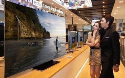 Samsung's-75-inch-ES9000-3