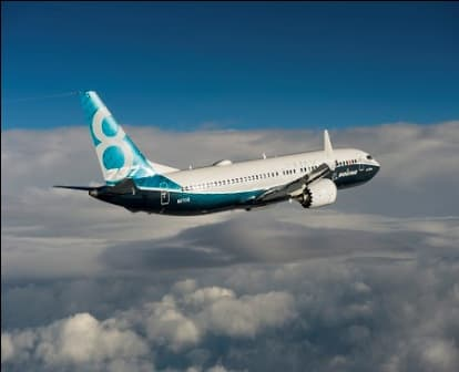 Boeing 737 MAX 8  (4)