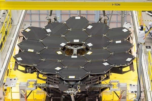 NASA-Install-Final-Mirror-Segment