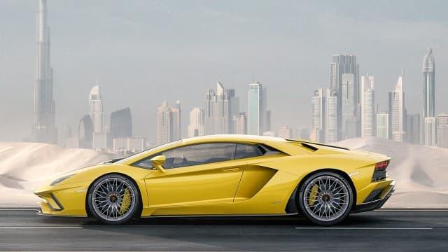 Lamborghini-Aventador-S-side