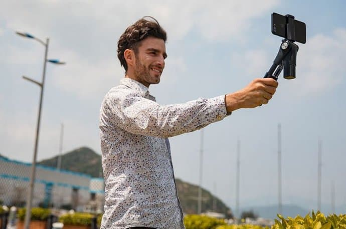 Xiaomi-Three-axis-Shooting-Stabilizer-2